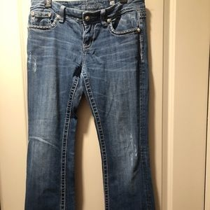 Miss Me Jeans size 28 relaxed fit